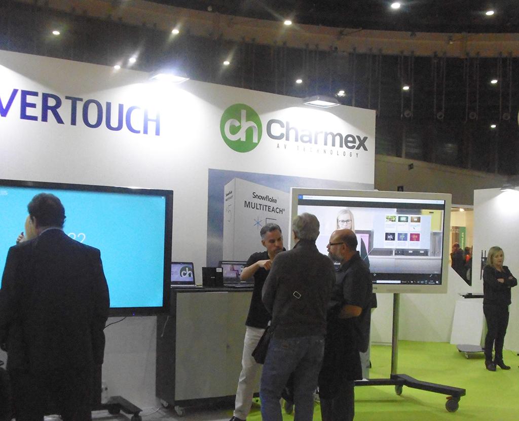Charmex, monitores y pizarras digitales para educación